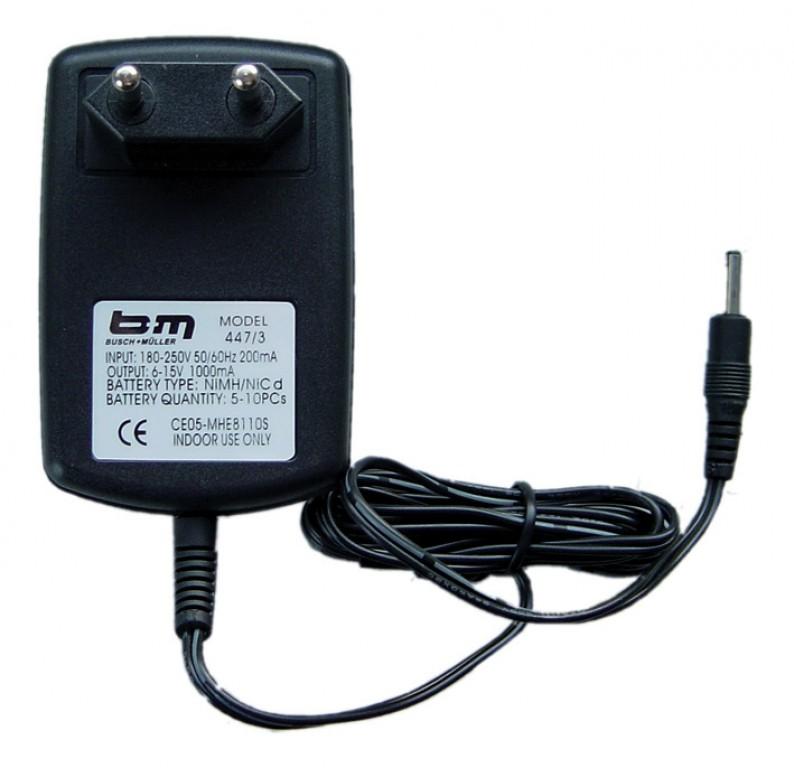 Ladegerät b&m 447/3 für Ixon IQ Speed - Ladegerät b&m 447/3 für Ixon IQ Speed