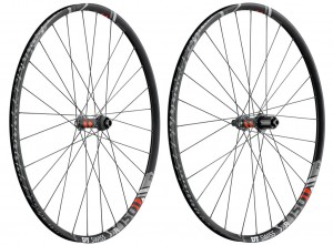DT Swiss roue AV  XR 1501 Spline One 29' alu, noir,Center Lock, 110/15mm TA Boost